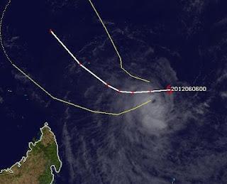 Tropischer Sturm KUENA bildet sich im Dreieck zwischen Mauritius, Madagaskar und den Seychellen