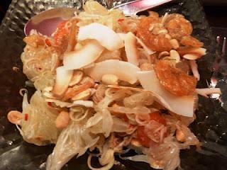 Farewell Dinner in Bangkok und ein Rezept für ein Curry mit *Wettersternpilzen* /  Farewell Dinner in Bangkok and a Recipe for a Curry with *Barometer Earthstars*