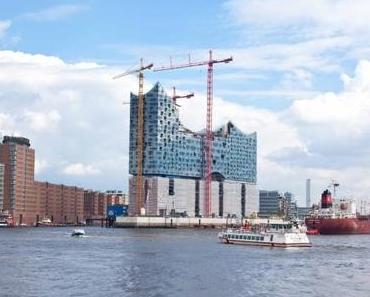 Große Hafenrundfahrt – Mitten in Hamburg