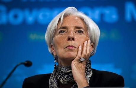 IWF verlangt von Spanien sofortige MwSt-Erhöhung und Senkung der Beamtengehälter