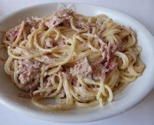 Hunger? Einfach & lecker, Spaghetti mit Thunfisch- Sahnesauce