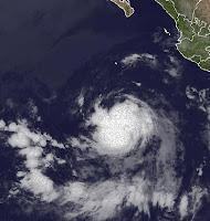 Tropischer Sturm DANIEL bei Mexiko wird wahrscheinlich kein Hurrikan