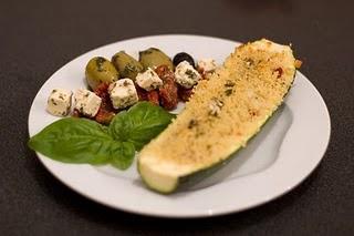 Hmmmm, lecker! Mit Couscous gefüllte Zucchini