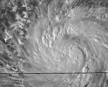 Atlantik aktuell: Hurrikan TOMAS kommt in die Karibik - potenziell der Monster-Hurrikan 2010