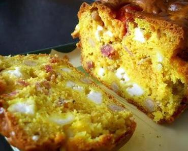 Kichererbsen-Salami-Feta-Cake