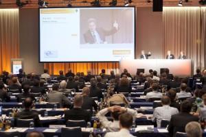 Branchen-Treffpunkt Erneuerbare Energien diskutiert Gestaltung der Energiewende