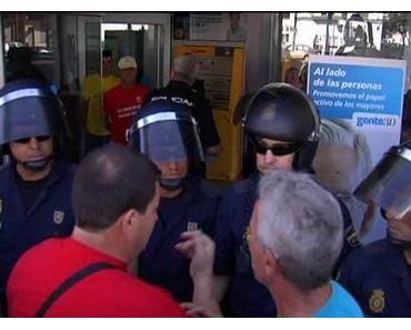 Protest: Bank gestürmt – 11 Festnahmen
