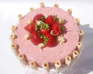 Grüntee - Erdbeer Torte