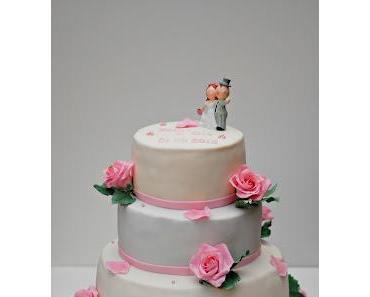 Hochzeitstorte... dieses Mal mit rosa Rosen