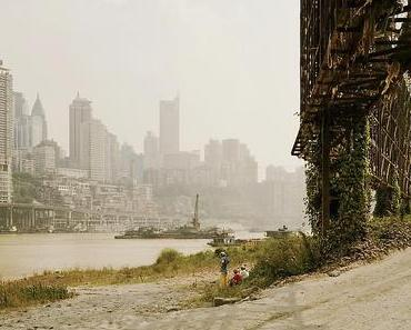 Nadav Kander: Yangtze – The Long River