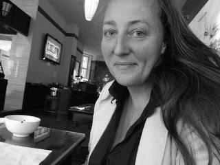 """Interview mit Numi Teusch über ihren Krimi """"Die dunkle Seite der Insel"""""""