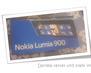 Das Lumia 900 Unpacking