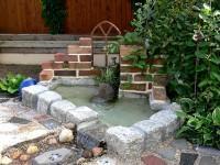 Gartenbrunnen winterfest machen