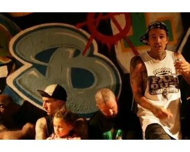 Travis Barker & Yelawolf feat. Tim Armstrong – 6 Feet Underground [Video]