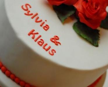 Torte zum ersten Hochzeitstag