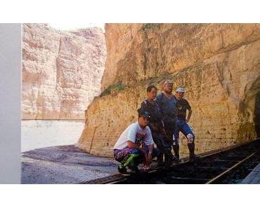 Algerien: wir tun Luftschlangen fangen