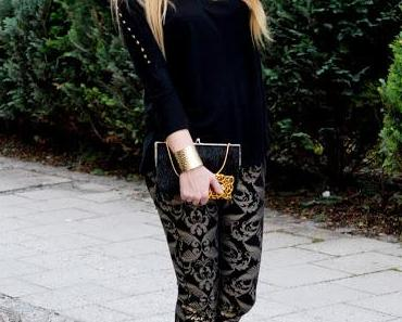 Christmas to go: golden baroque pants