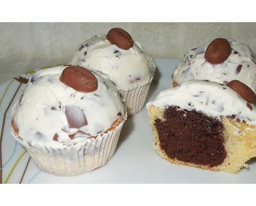 Marmor-Cupcakes mit Schaumkuss-Mascarpone-Frosting