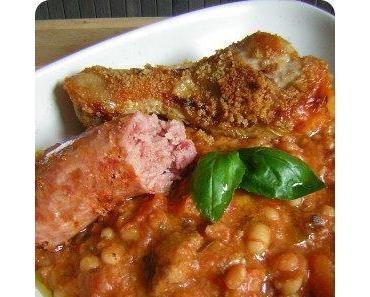 Cassoulet - Französischer Eintopf mit Bohnen und Fleisch