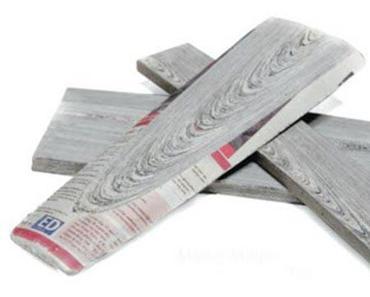 Verkehrte Welt – Holz aus Zeitungen?