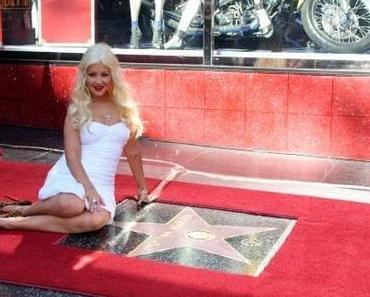 """Christina Aguilera bekommt Stern auf dem """"Walke of Fame"""""""
