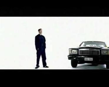 Deichkind feat. Nina – Bon Voyage [Classic]