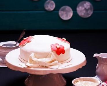 {Lecker} Zebrakuchen mit Marshmallow-Fondant