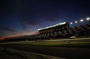 Sprint Unlimited aus Daytona. Die 2013 NASCAR Saison beginnt.