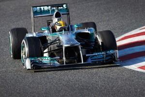 Formel 1: Testfahrten in Barcelona Tag 2 – Perez schnell, Probleme bei Lotus und Ferrari