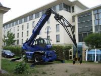 Baumaschinen, Teleskopstapler & Co sind die starken Baustellenhelfer