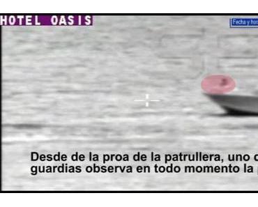 Bilder eines angeblichen Unfalls: Polizeischiff rammt Flüchtlingsboot