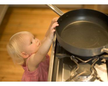 Küche - hier passieren die meisten Kinder-Unfälle!