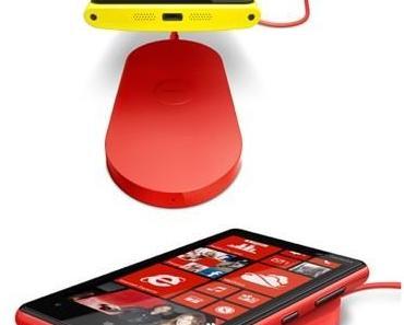 Nokia: Kostenlose, induktive Ladestation für Lumia 820 / 920 abstauben
