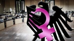 Frauenquote • Umstritten … ☝ und doch ☝ …