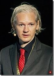 Julian Assange – der Pudel der USA schlägt wieder zu