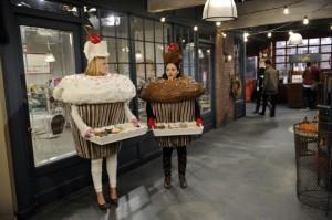 """2 Broke Girls: Episodenguide bei ProSieben – Episode 1 der """"Cupcake-Girls"""" startet neu durch"""
