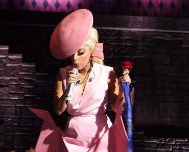 Lady Gaga als Brautjungfer auf der Hochzeit ihrer besten Freundin