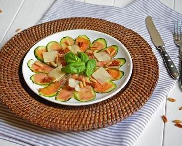 Zucchini-Carpaccio mit Serranoschinken  – Heute hat mein Herd Hitzefrei!