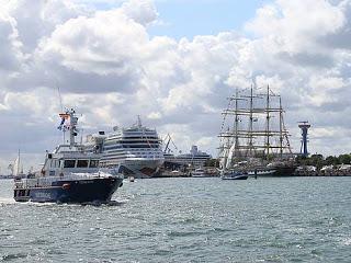 News: AIDA mit zwei Schiffen bei der 23. Hanse Sail