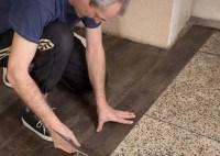 Echtholz oder Holzoptik? Vor- und Nachteile von Parkett und Vinylböden