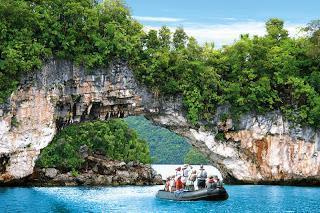 Mit MS HANSEATIC auf Expedition zu den schönsten Inseln des Südpazifiks