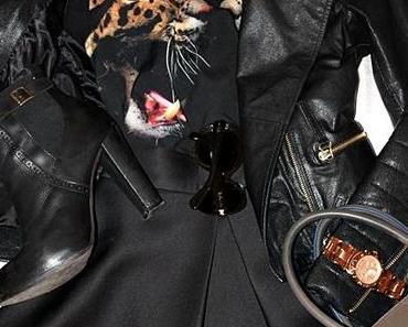 Outfit des Tages: Neopren midi Rock, Lederjacke und Booties