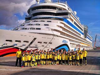 Erfolgreiche AIDA Fußball Kreuzfahrt mit Borussia Dortmund - Neue Termine im Frühjahr und Sommer 2014