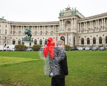 ART and ANTIQUE Hofburg Vienna – Die Messe für Art Antique Kunst Antiquitäten und Design in der Hofburg Vienna sculpture sculptor Manfred Kielnhofer Galerie Kunsthandel Antik Freller.