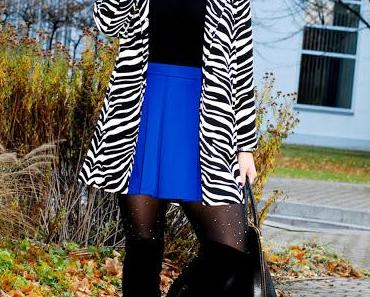 Tuesday to go: Zebra Coat and Knee Boots