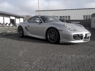 BBS macht Porsche & Co. winterfit - Mit dem neuen SR-Rad wird die kalte schnell zur heißen Jahreszeit