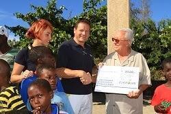 Pressemeldung: HAMBURG-Crew besucht zum Jahreswechsel Kinderdorf in Angola