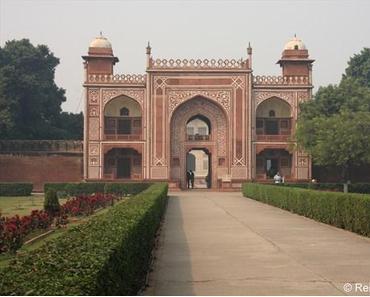 Klein Taj Mahal (Mausoleum Itimad-ud-Daulah) und das Rote Fort in Agra