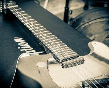 Spiel-Deine-Gitarre-Tag – der amerikanische Get Out Your Guitar Day