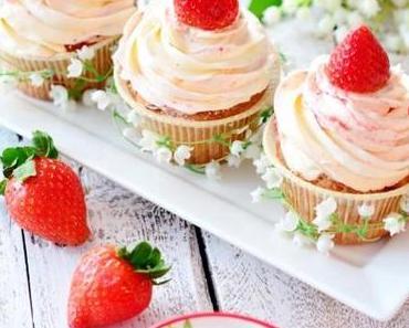 Sunday Morning - Erdbeer Cupcakes